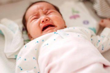 Táo bón ở trẻ sơ sinh - Những điều bạn cần biết | Vinmec