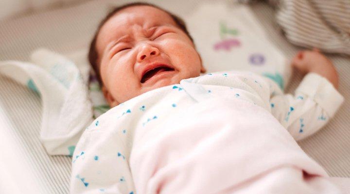 Táo bón ở trẻ sơ sinh - Những điều bạn cần biết   Vinmec