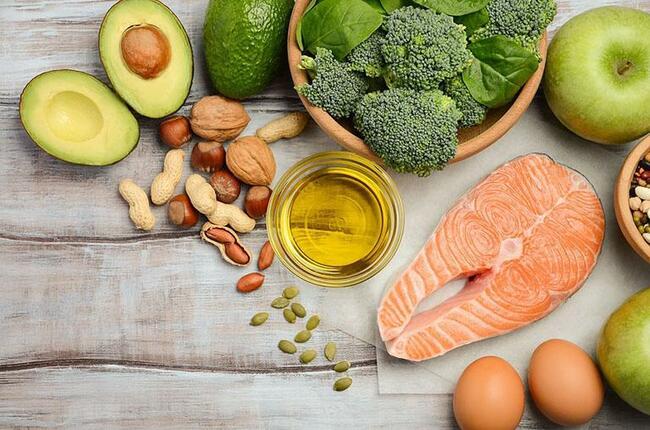 Chế độ ăn giàu chất xơ giúp táo bón do kháng sinh ở trẻ