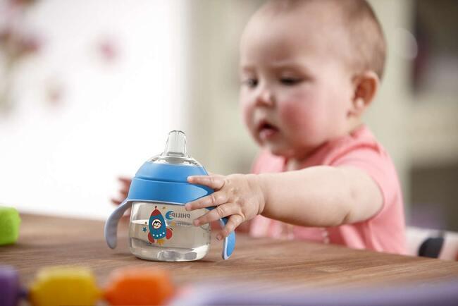 Một ngày trẻ uống bao nhiêu nước là đủ?