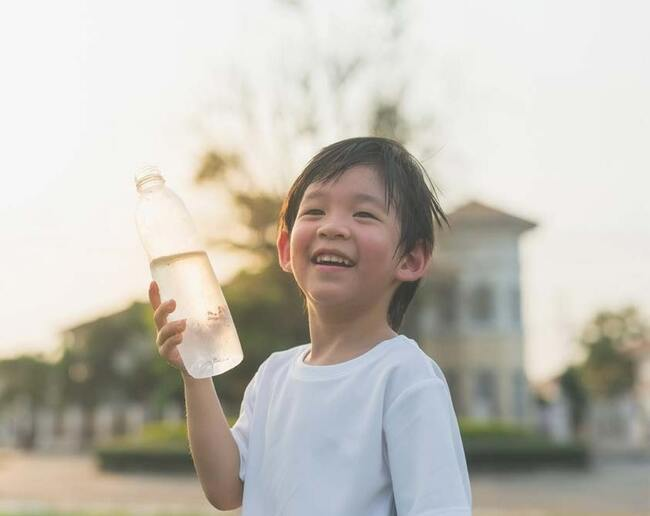 Nhu cầu nước cho trẻ trên 10 tuổi