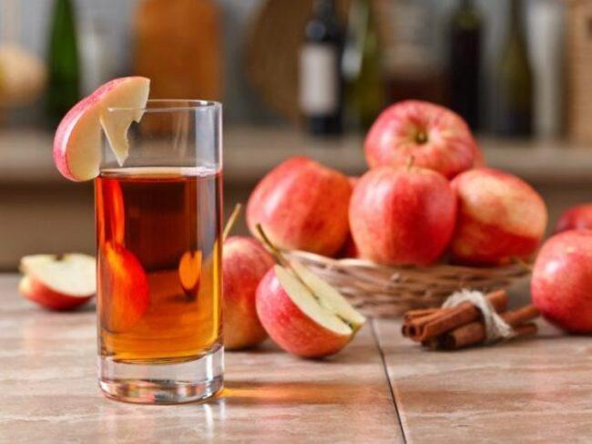 Táo và nước ép táo là sự lựa chọn hoàn hảo cho trẻ bị táo bón