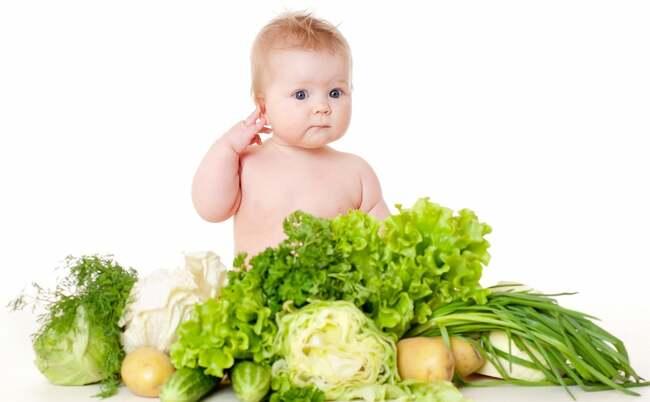 Trẻ ăn nhiều rau xanh sẽ giúp tăng khả năng ghi nhớ và tập trung