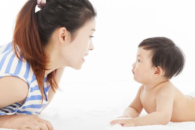 Lưu ý khi chăm sóc trẻ 3 tháng tuổi đi ngoài